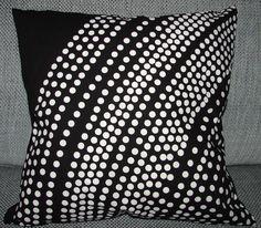 Handmade Fokus Pillow case made from Marimekko cotton fabric, Finland black Marimekko, Pillow Cases, Cotton Fabric, Finland, Black And White, Pillows, Handmade, Decor, Women