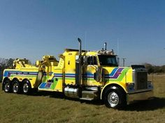 Peterbilt 379, Peterbilt Trucks, Lifted Ford Trucks, Show Trucks, Big Rig Trucks, Towing And Recovery, Driving School, Commercial Vehicle, Diesel Trucks