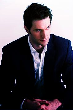 Quite possibly the most attractive photo ever taken.  -Richard Armitage-