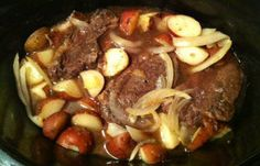 Crockpot Apple Cider Venison Roast | Easy and delicious survival recipes and outdoor cooking tips at survivallife.com #survivalrecipes #survivalfood #prepper (Apple Recipes Crockpot)