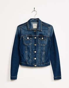 http://www.bershka.com/mx/mujer/new-collection/abrigos-y-chaquetas/cazadora-denim-c1010052079p100636041.html?colorId=428