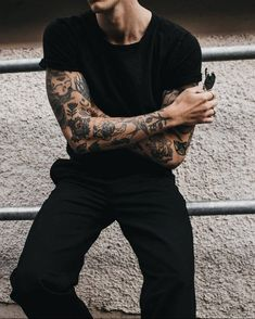 Uhrwerk Berlin – www.berlin Guys are boys Boy Tattoos, Body Art Tattoos, Tattoos For Guys, Sleeve Tattoos, Tatoos, Tattoo Guys, Basic Fashion, Mens Fashion, Fashion Black
