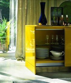 Guarda-louça com portas de correr MART by Lema | design Ludovica Roberto Palomba