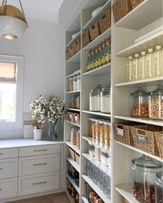 Pantry inspiration for my new kitchen. An organised pantry like this one by  I'm setting myself a challenge to keep it as organised and beautiful as this one. Kitchen Pantry Design, Home Decor Kitchen, New Kitchen, Home Kitchens, Kitchen With Pantry, Open Pantry, Kitchen Pantries, Korean Kitchen, Kitchen Unit
