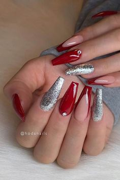 23 Best Red Acrylic Nail Designs of 2019 StayGlam red and silver coffin nails - Coffin Nails Red Chrome Nails, Red And Silver Nails, Red Glitter Nails, Cute Red Nails, Long Red Nails, Red Ombre Nails, Silver Heels, Bling Nails, Silver Hair