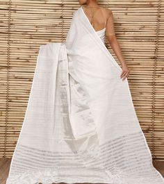 Amodha Offwhite Saree with Silver Thick Line Going Through Centre