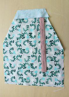 子ども(キッズ)用エプロンの作り方 Apron, How To Make, Japanese Clothing, Accessories, Aprons