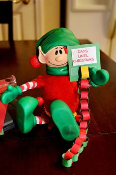 Christopher Pop-In-Kins counts down the days until Christmas with this Advent Calendar chain.    Elf Fun with Pop-In-Kins at elffun.com