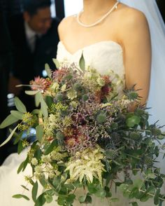 wedding report ブーケも装花と合わせて、可愛らしさはなくとことんスタイリッシュにとオーダーしました! モニークのドレスに本当に良く合い 想像通りのブーケでとってもお気に入り まさに運命のブーケ #wedding#weddingphotography#weddingreception#2016秋婚#bouquet#weddingbouquet#結婚式
