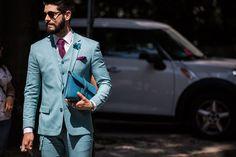 Street Looks from Milan Menswear Week Spring/Summer 2016 31 Mens Fashion Wear, Gents Fashion, Stylish Mens Fashion, Fashion Week Hommes, Milan Men's Fashion Week, Street Looks, Street Style, Gentleman's Wardrobe, Tuxedo For Men