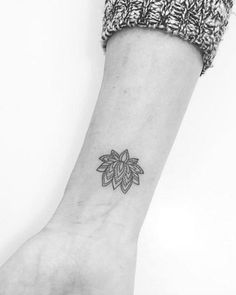 20 idées de mini-tatouages repérés sur le net