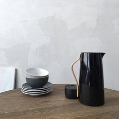 The breakfast table is set for tomorrows breakfast. Emma collection designed by HolmbäckNordentoft #emmacollection #holmbäcknordentoft #stelton