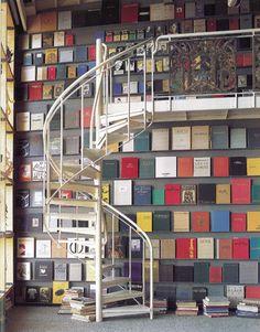 Casi casi mi estantería  bc a falta de la escalera :P