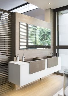 Amazing contemporary bathroom | Visit www.vintageindustrialstyle.com for more inspiring images and decor inspirations