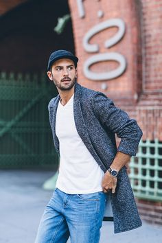 Dress up your casual wear with our soft heavyweight fleece topcoat.
