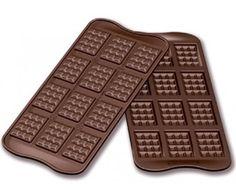 Csoki tábla szilikon forma Waffle Iron, Waffles, Kitchen Appliances, Breakfast, Food, Diy Kitchen Appliances, Morning Coffee, Home Appliances, Belgian Waffle Maker