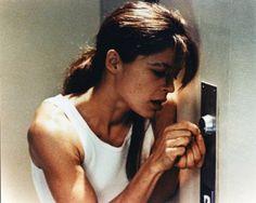 Amazon.com: Linda Hamilton In Vest Picking Lock The Terminator 2 Judgment Day 8X10 Photo: Collectibles & Fine Art
