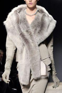 Donna Karan Fall rtw 2011 as long as the fur is faux. Fur Fashion, Grey Fashion, Look Fashion, Couture Fashion, Winter Fashion, Womens Fashion, Ladies Fashion, Donna Karan, Mode Style