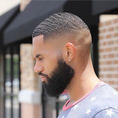 Beard Styles 726205508645031082 - Cortes Source by francismelle Black Man Haircut Fade, Black Hair Cuts, Black Boys Haircuts, Haircuts For Men, Short Hair Cuts, Modern Haircuts, Waves Hairstyle Men, Waves Haircut, Updo Hairstyle