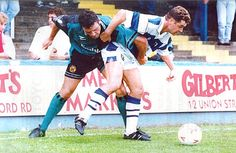 Reading 2 Burnley 1 in Aug 1993 at Elm Park. Action as Burnley lose at Reading in Division 2.