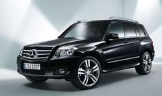 Mercedes-Benz GLK-- except with dynamaxx written on the side in silver!