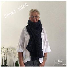 Shawl Höst handmade by juf Sas met gratis patroon Shawl, Crochet, Fashion, Moda, Fashion Styles, Ganchillo, Crocheting, Fashion Illustrations, Knits