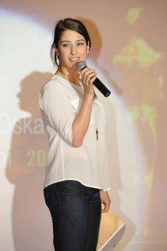 hazal kaya فريحة on Feriha Y Emir, Arabian Women, Bollywood Girls, Turkish Beauty, Celebs, Celebrities, Turkish Actors, Beautiful Actresses, Simply Beautiful