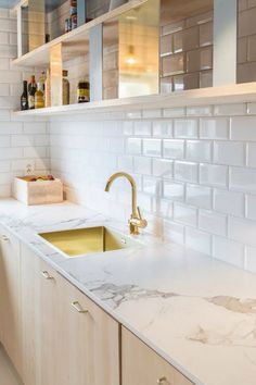 Pair Dekton Aura with for a light, space. This surface is the ideal countertop and backsplash for your next Kitchen Redo, Home Decor Kitchen, New Kitchen, Home Kitchens, Kitchen Remodel, Küchen Design, Beautiful Kitchens, Kitchen Countertops, Oslo