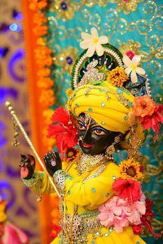 Krishna Hindu, Cute Krishna, Jai Shree Krishna, Lord Krishna Images, Radha Krishna Pictures, Radha Krishna Photo, Krishna Radha, Hanuman, Shiva