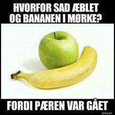 Hvorfor sad | SPOG.DK - Spøg I Laughed, Qoutes, Childhood, Sad, Funny Memes, Random, Kunst, Quotations, Quotes