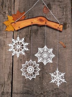 Crochet snowflakes by Fro