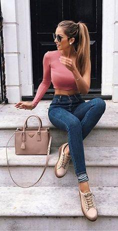 Pink off shoulder top + skinny jeans