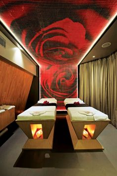 Massage Room with Rose Ceiling