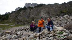 Auf einsamen Wegen um den Loser - Wild zerklüftet und mit steilen Abbrüchen beeindruckt der Bergkamm zwischen Loser und Bräuningzinken. Wir waren unterwegs zur Umrundung dieser einzigartigen Felskulisse. Der einsamste Teil davon ist der Weg von der Gschwandalm zum Schwarzmoossattel. Zur Bergtour: http://www.nachrichten.at/freizeit/freizeit_tipps/tourentipps/Auf-einsamen-Wegen-um-den-Loser;art268,1165565 (Bild: Peham)