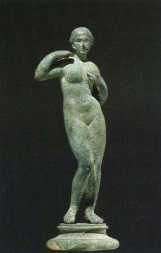 Bronze statue of Aphrodite Pselioumene by renowned Greek sculptor Praxiteles ca. 200 b.c.e.