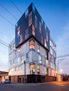 Tadeo 4909 by Proyecto Cafeína. Tadeo 4909 is a purposeful building, looking to stand out of conventional schemes, creating spaces that combine industrial aesthetics within a welcoming atmosphere. Victorian Architecture, Facade Architecture, Beautiful Architecture, Building Facade, Construction Design, Lofts, Social Housing, Skyscraper, Facebook Instagram