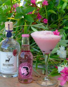 Pink Flamingo Blossom Gin Gin, Pink Flamingos, Drinks, Bottle, Rose, Patio, Colour, Drinking, Beverages