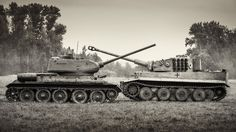french-cut:  T-34-85 vs Tiger 8,8cm - first off, the T34 is outgunned 88mm to 75mm by the Tiger.
