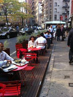 Pop-Up cafe seating in Brooklyn Deco Restaurant, Restaurant Seating, Outdoor Restaurant, Restaurant Design, City Landscape, Landscape Architecture, Bar, Pop Up Cafe, Pocket Park