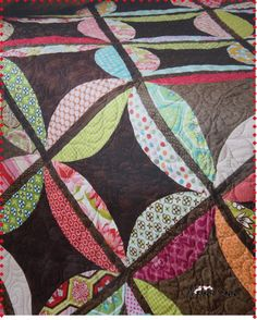 I love this quilt style. Great use of fabric scraps.