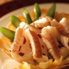 Cantonese Cuisine. Yum! #mymacau #macau #hot_shotz #mostdeserving #natgeo #beautifuldestinations #exploringtheglobe #global_secrets #instahub #travel #city #asia #china #worldheritage
