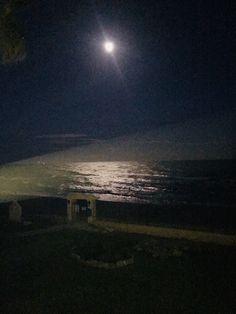 Enjoying full moon together. ❤️Etienne Overdijk❤️