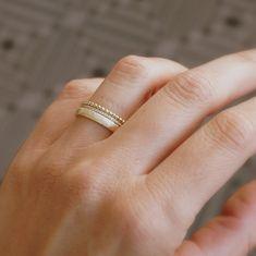 Stacked Wedding Rings, Gold Wedding Rings, Bridal Rings, Bridal Jewelry, Simple Wedding Bands, Vintage Diamond Rings, Vintage Rings, Jewelry Photography, Wedding Sets