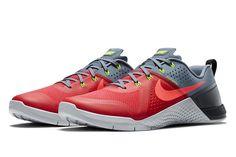 2447fb25c6b6 Nike MetCon 1