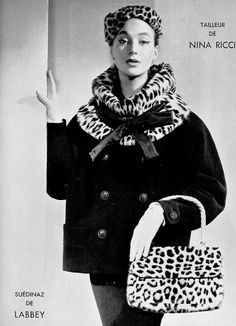 Lena Madsen in jacket with leopard collar by Nina Ricci, photo by Maurice Petit, 1954 Fifties Fashion, Retro Fashion, Vintage Fashion, Moda Vintage, Vintage Coat, Vintage Style, Retro Outfits, Vintage Outfits, Der Leopard