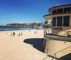 We've had a few cold weeks but today reminded me of all the reasons I love living in Sydney! It's mid-winter and still 17 degree celsius and sunny. Life is pretty freaking good!  #bondi #beachlife #winterinsydney #bondibeach #ig_australia