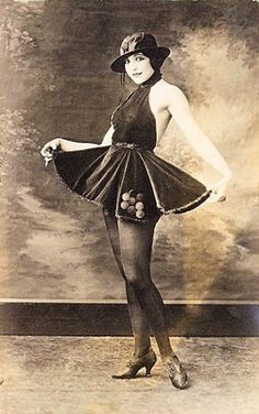Vintage Image - Old Photo - Saucy Ballerina - The Graphics Fairy