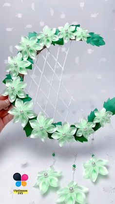 Cool Paper Crafts, Paper Flowers Craft, Paper Crafts Origami, Diy Crafts For Gifts, Diy Arts And Crafts, Flower Crafts, Diy Flowers, Origami Flowers Tutorial, Fleurs Diy