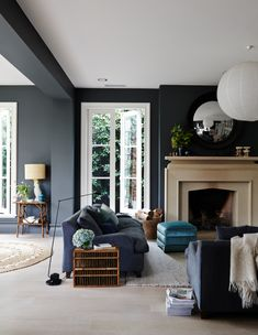 Perfect Navy Blue Living Room with Best 25 Navy Living Rooms Ideas On Home Decor Navy Blue Living Dark Walls Living Room, Navy Blue Living Room, Living Room Color Schemes, Living Room With Fireplace, Living Room Paint, Living Room Chairs, Home Living Room, Living Room Designs, Dark Rooms