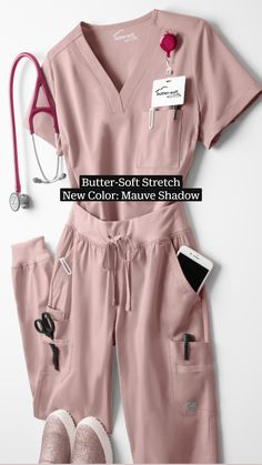 Vet Scrubs, Medical Scrubs, Scrubs Outfit, Scrubs Uniform, Nursing Shoes, Nursing Clothes, Scrub Life, Medical Uniforms, Womens Scrubs